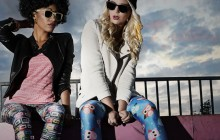 FREAKY LEGGINGS AND GORGEOUS SUNGLASSES -Nebelkind